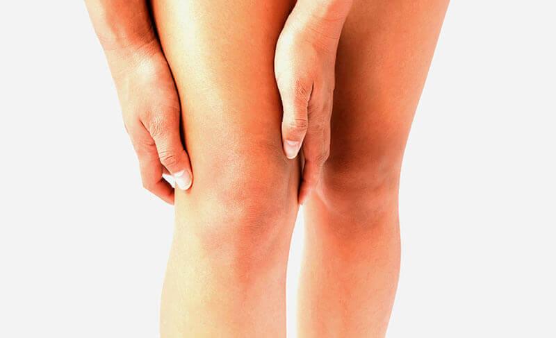 atroza genunchi