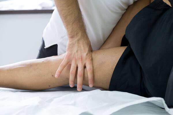 terapie manuala genunchi