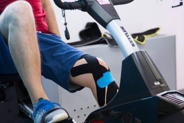 exercitii recuperare ruptura de menisc bicicleta medicinala