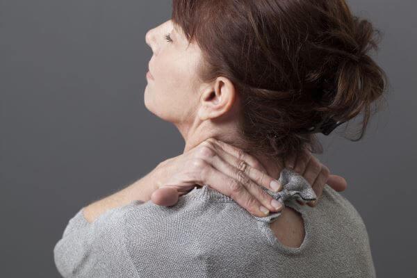 simptome dureri cervicale